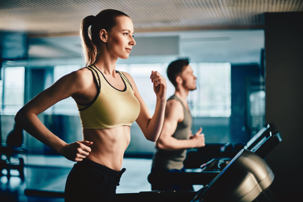 TREADMILL RUNNING VS. JUMP ROPE: WHICH IS BETTER?
